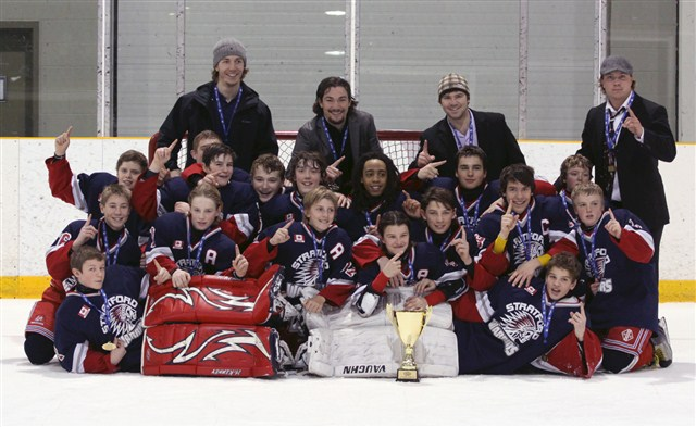 Minor_Bantam_Champs_2013.JPG